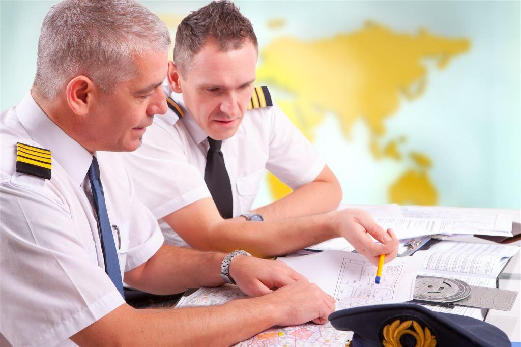 Pilot-shutterstock_134624411